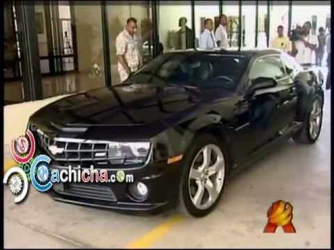Diputado Se Burla Llegando Al Congreso En Lujoso Chevrolet Camaro#Video