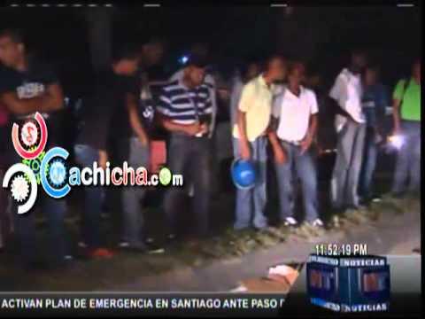Un Joven Arrollado Cae En Un Hoyo.#Video