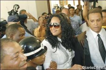 Abogado de Venya Carolina desmiente Sharmin Díaz recibiera amenazas; dice su clienta es una ciudadana ejemplar