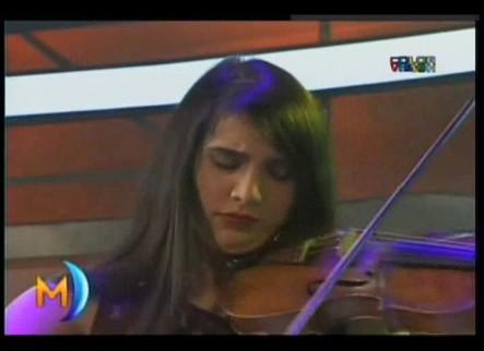 Orgullo Dominicano Aisha Syed Violinista Santiaguera en @ENMariasela #Vídeo