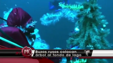 Colocan Árbol De Navidad Al Fondo De Un Lago Helado #Video