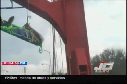 Bajan Hombre Que Intentó Tirarse Del Puente Hermanos Patiño En Santiago