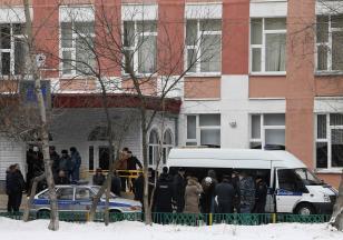 Un estudiante mata a dos personas en una escuela secundaria de Rusia