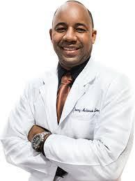apresan-falso-medico-cirujano-y-le-conoceran-medida-de-coercion-noticias-sc