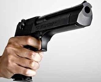 Asesinan-mujer-de-53-años-en-medio-de-tiroteo-entre-bandas