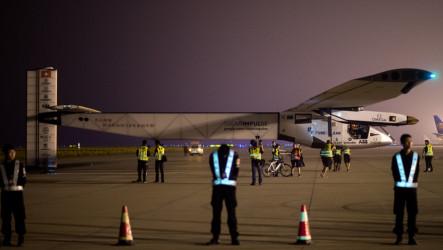 La Vuelta Al Mundo En… ¡un Avión Solar!