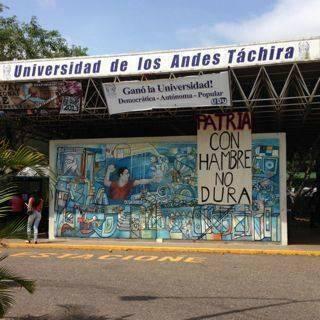 cartel en ULA Táchira