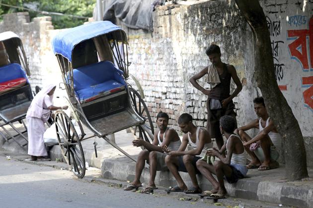 LOS MUERTOS POR LA OLA DE CALOR EN EL SURESTE DE LA INDIA SUPERAN EL MILLAR