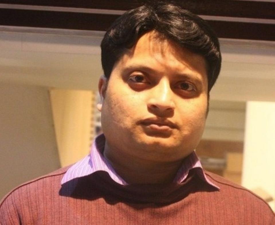 CAsesinan a machetazos a otro bloguero ateo en Bangladesh