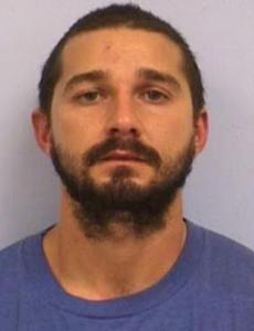 Arrestan a Shia LaBeouf en Texas