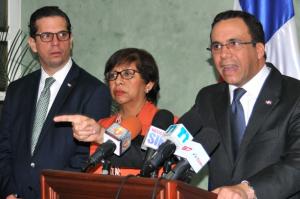 "Canciller advierte es ""inaceptable"" actitud de Haití"