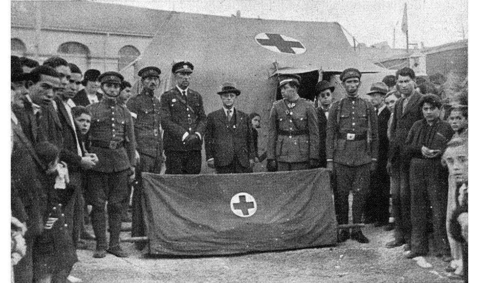 Camilla enviada por el Comité Central de Cruz Roja a Palma de Mallorca en 1932.