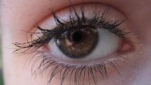 El color de los ojos puede determinar la confianza que nos transmite una persona