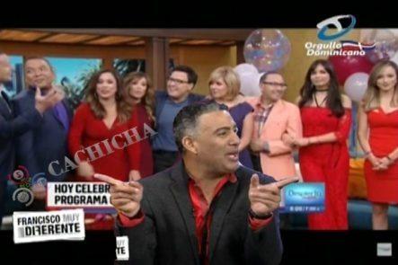Francisco Comentando El Hecho Histórico Que Ocurrió: Talentos De Telemundo Conduciendo El Programa De Univisión