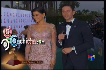 Entrevista A @NellyFurtado En La Alfombra Verde #LatinGrammy #Vídeo 2012