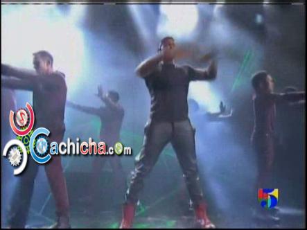 Presentación – Usher En – American Music Awards 2012 #Vídeo