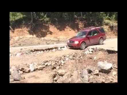 Deterioro De Carretera y Falta De Puente Ponen en Peligro La Vida De Turistas Que Visitan La Cueva Fun Fun De #Vídeo