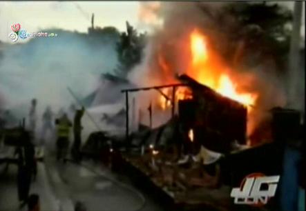 Fuego Reduce A Cenizas Cuatro Casetas En El Ensanche Espaillat De Santiago