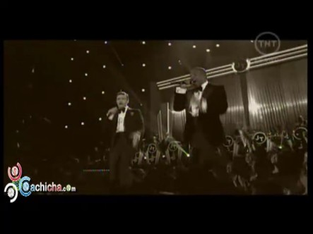 """Justin Timberlake ft. Jay-Z – """"Suit & Tie""""  y """"Pusher Love Girl"""" Grammys 2013"""