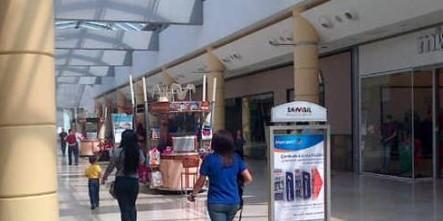 Cierran 48 Tiendas En Centros Comerciales Por Falta De Mercancía