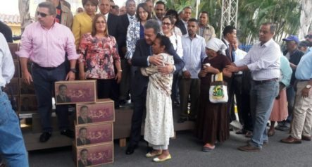 Leonel Repartirá 100 Mil Canastas Navideñas En Provincias Afectadas Por Lluvias
