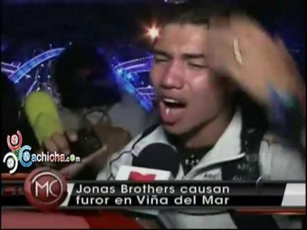 Los Jonas Brothers Causan Furor En Viña Del Mar