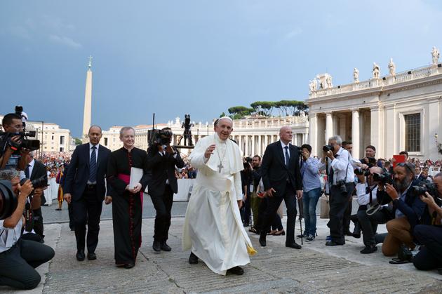 VATICAN-POPE-MEETING