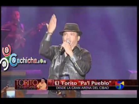 Presentación De Hector Acosta En La Arena Del Cibao @ElTorito48 #Video