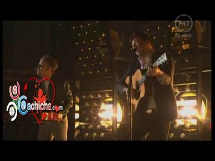 "Ben Lovett of Mumford & Sons performs – ""I Will Wait"" Grammys 2013"