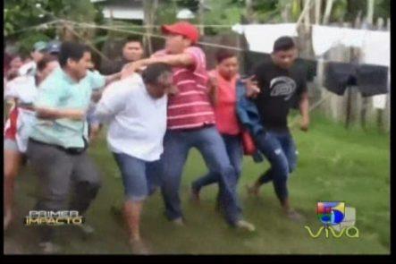 Perú: Multitud Intenta Linchar Hombre Que Le Disparó A Un Niño Por Unos Mangos