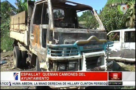Espaillat: Queman Camiones Del Ayuntamiento