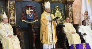 """""""Dificultad"""" en una rodilla impide al cardenal López Rodríguez encabezar misa"""
