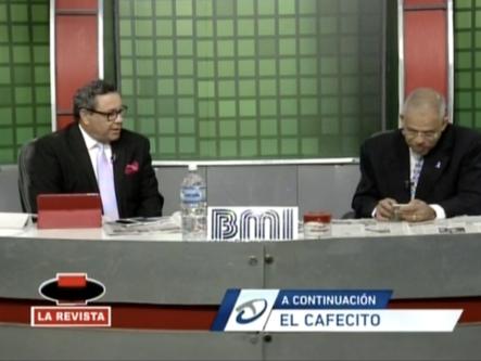 El Cafecito Presenta Análisis Periodístico De La Fotografía Del Sujeto Semidesnudo En Un Cajero