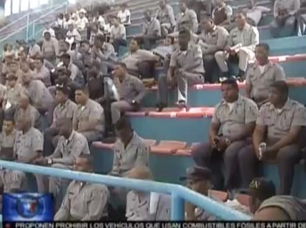 General de la PN hace un llamado a policías y familiares a acudir a una marcha para exigir sus derechos