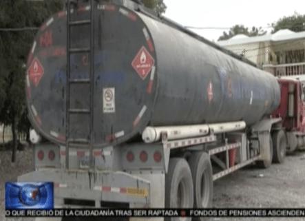 Tenian Tiempo Sacando Petróleo En Azua Y Se Los Llevaron Presos