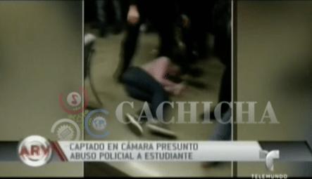 Un Policía Lanza Salvajemente Al Suelo A Una Joven Estudiante Y Casi Queda Inconsciente