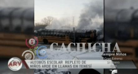 Autobús Escolar Repleto De Niños Arde En Llamas En Tennessee