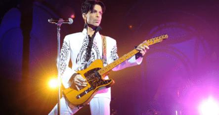Sale A La Luz La Manera En Que El Cantante Prince Guardaba Su Fortuna