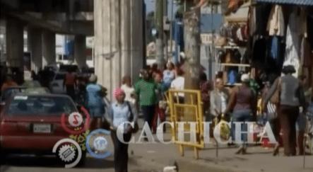 Buhoneros De Villa Mella Se Encuentran Pacíficos Y Militares Continúan Firmes En La Zona
