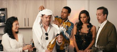 Video Officia: Romeo Santos – Héroe Favorito