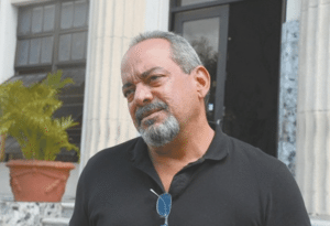 Nueva película de Alfonso Rodríguez es un plagio, según Armando Almánzar