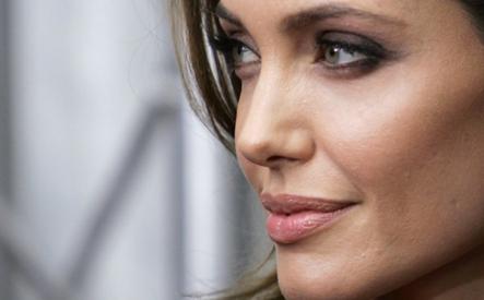 Angelina Jolie Se Estrena Como Profesora Y Estaba Muy Nerviosa