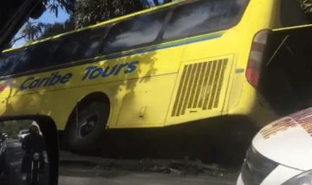 Accidente Ente Dos Autobuses De Pasajeros En El Tramo Bonao Autopista Duarte Deja Varios Heridos