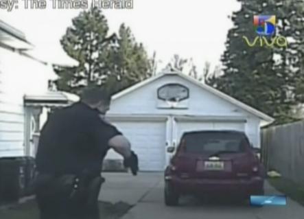 Un Sujeto Se Enfrenta A Policías En Un Momento Muy Tenso