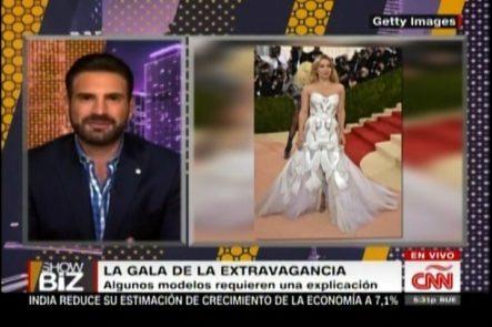 La Gala De La Extravagancia, Algunos Modelos Requieren Una Explicación