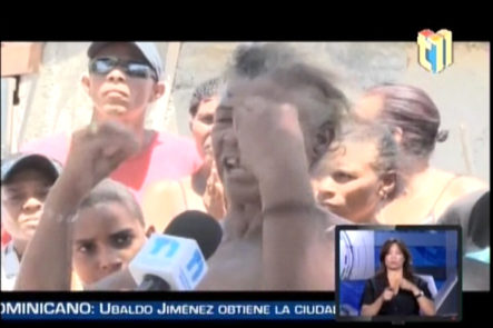 Residentes Del Sector Los Guayacanes En Azua Se Sienten Atemorizados Porque Quieren Desalojarlos
