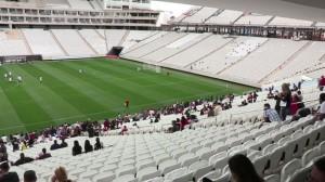 Trabajadores-inauguran-estadio-Sao-Paulo_MEDVID20140502_0012_7