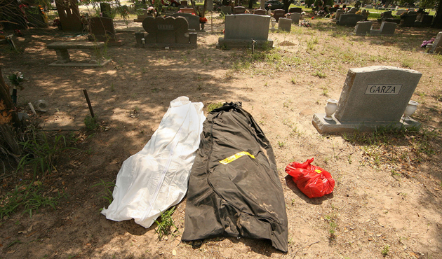 Immigrants-Mass Graves-Texas