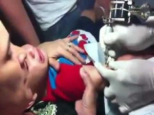 Video Abuse Mother Giving Her Baby Boy A Tattoo