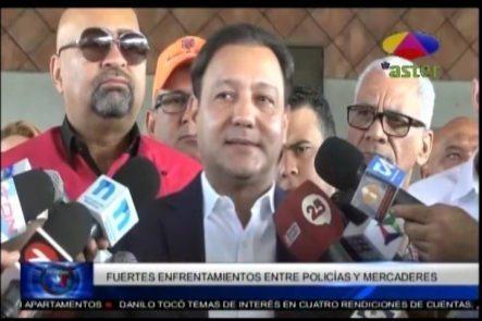 Fuertes Enfrentamientos Entre Policías Y Mercaderes En Los Hospedajes El Yaque De Santiago
